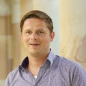 Dr Tim Huelsen