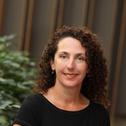 Dr Robyn King