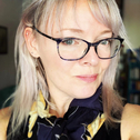 Dr Lisa Bode