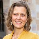 Dr Anna Vinkhuyzen