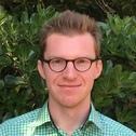 Dr Nik Steffens