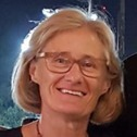 Associate Professor Jennifer Ovenden