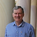 Associate Professor Lee Aitken
